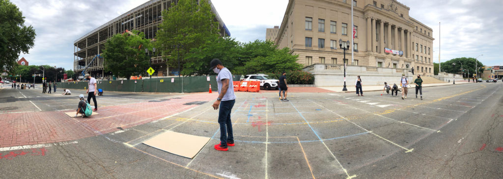 Design Faculty & students collaborate with local Artists to set the grid on MLK Dr.